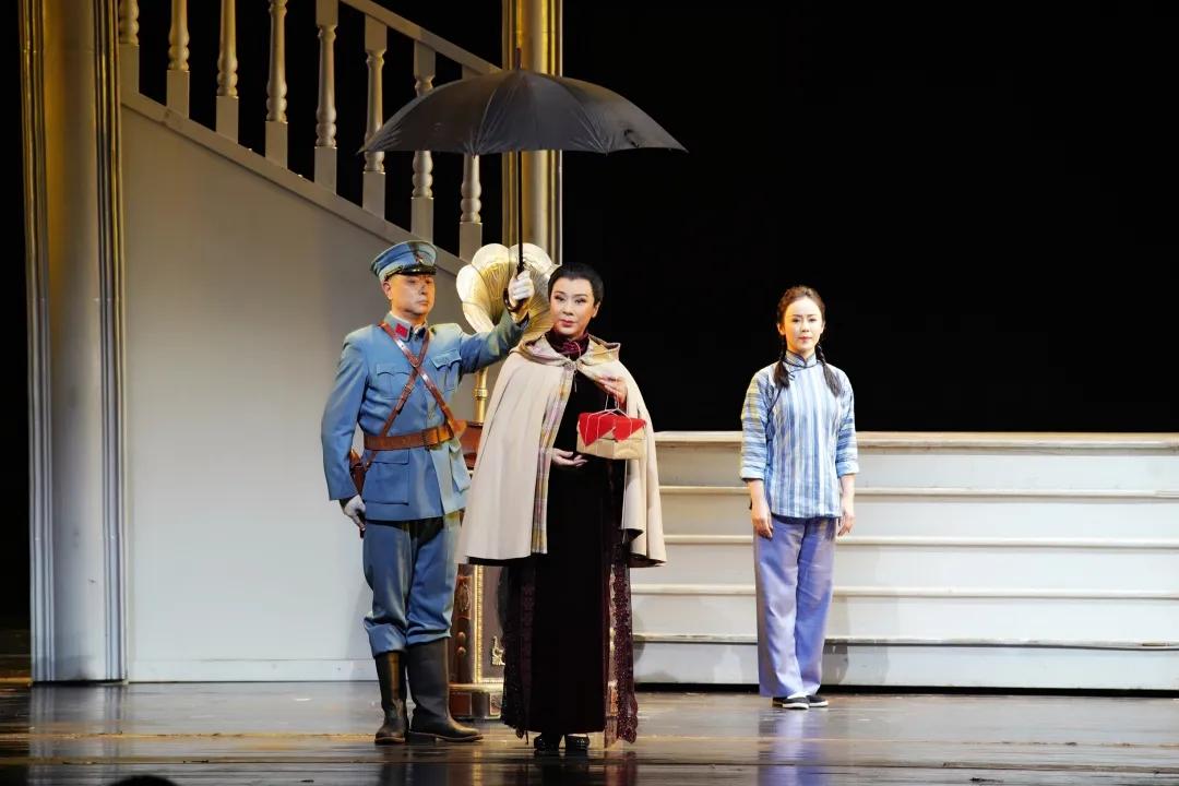 北京京剧院《宋家姐妹》